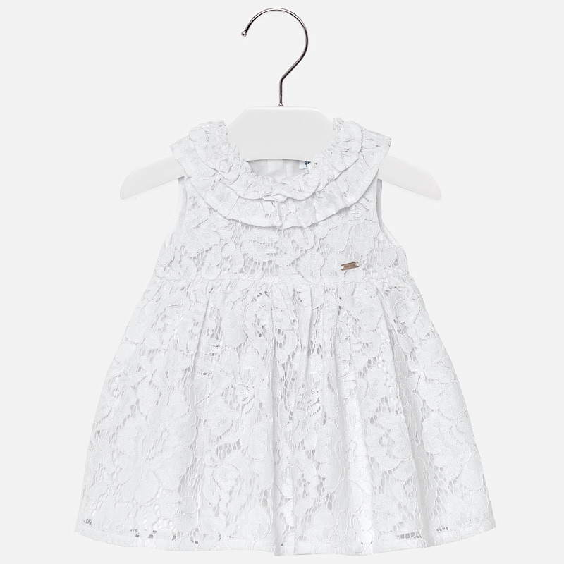 0aa2d869be7 Официална бебешка рокля от бяла дантела от колекция Пролет- Лято 2019 на  Mayoral.