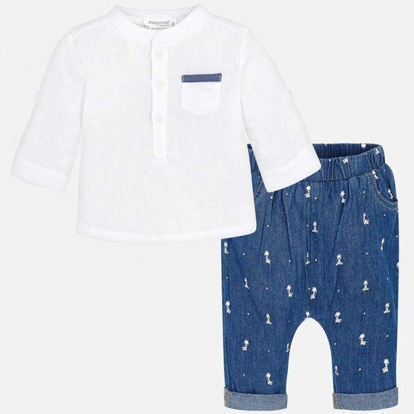 Бебешки комплект за момче с ленена риза и дънков панталон с принт на жирафи от колекция Пролет- Лято 2019 на MAYORAL.