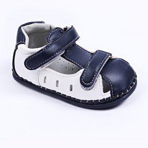 Бебешки сандали за момче за прохождане в тъмносиньо с бяло с две лепки.