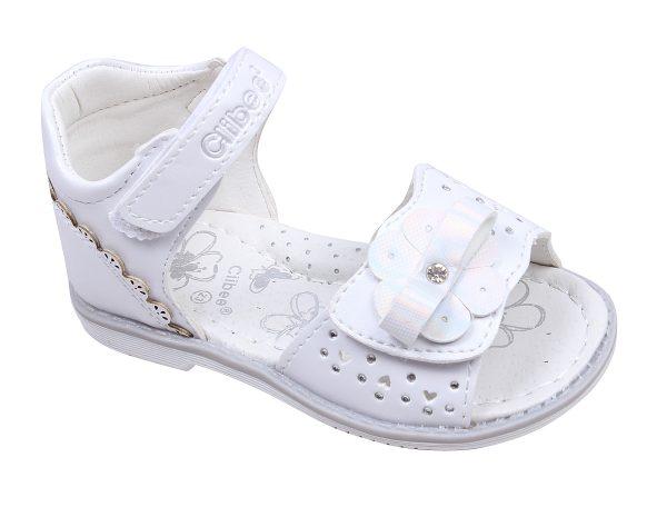 Бебешки сандали за момиче в бяло с красиво сребристо цвете и нежни камъчета с анатомична стелка и затворена пета