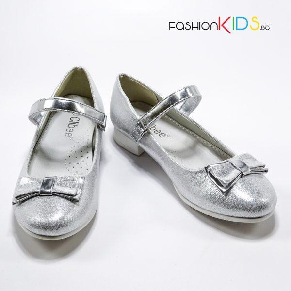 Детски официални обувки за момиче в сребристо с ефектна панделка и анатомична стелка