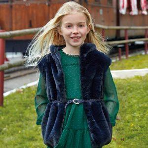 Детски пухен елек за момиче в тъмносиньо с кожен колан от колекция Есен/ Зима `19 на MAYORAL