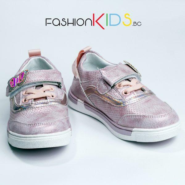 Детски спортни обувки за момиче в розово с анатомично ходило и коригираща лепка с блестяща пеперудка
