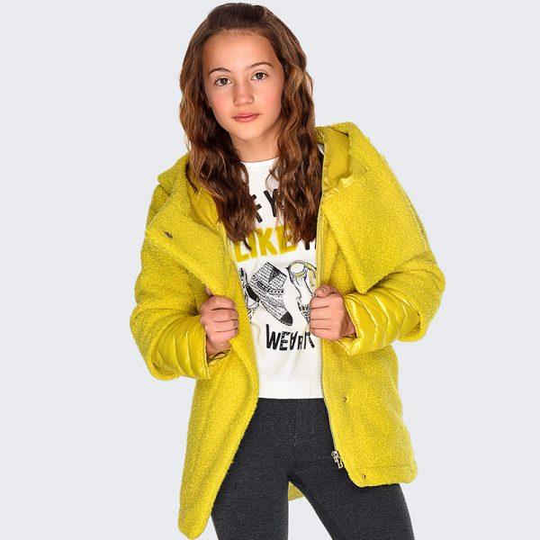 Детско елегантно топло палто с качулка за момиче в лимонено жълто от колекция Есен- Зима 2019/2020 на MAYORAL