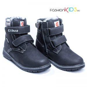 Детски топли ботуши за момче в черно с коригиращи велкро лепки и топъл каракул