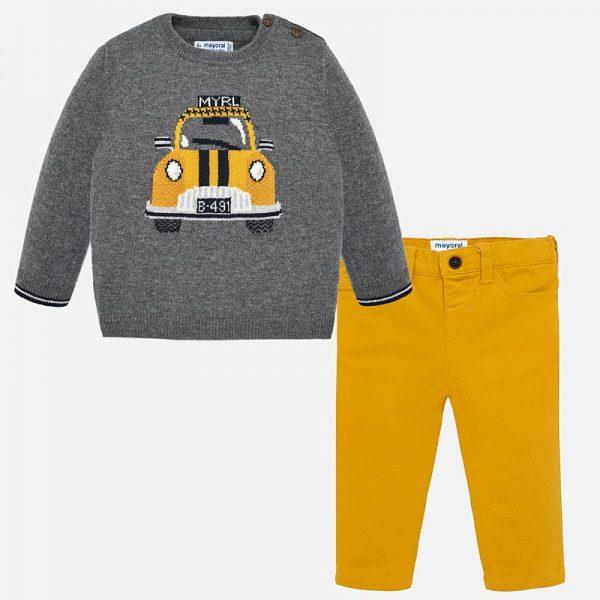 Бебешки комплект за момче от две части панталон в горчица и сив пуловер с кола от Колекция Есен- Зима 2019/ 2020 на MAYORAL