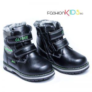 Бебешки топли ботуши за момче в черно с коригиращи велкро лепки и топъл каракул