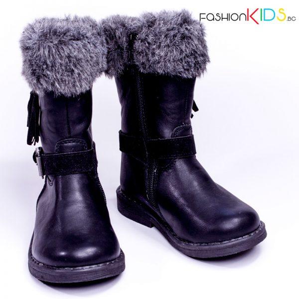 Детски топли ботуши за момиче в черно с топъл каракул и елегантна визия