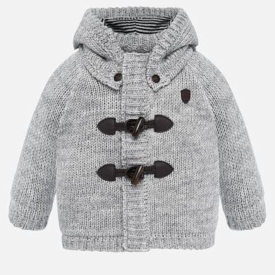 Бебешка петена жилетка за момче в сиво с подвижна качулка от Колекция Есен- Зима 2019/ 2020 на MAYORAL