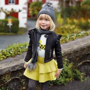 Детски комплект блуза с принт на кученце и жълта пола на волани от Колекция Есен- Зима 2019/ 2020 на MAYORAL