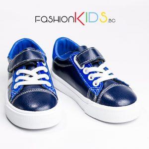 Детски спортно- елегантни обувки за момче с коригираща велкро лепка в тъмносиньо и анатомично ходило