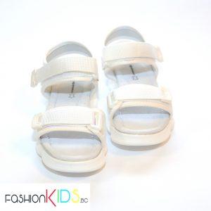 Детски спортно- елегантни сандали за момиче в бяло с коригиращи велкро лепки
