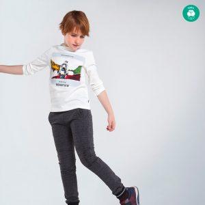 Детска блуза за момче в бяло с ефектен принт със сноубордист от Колекция Есен- Зима 20/21 на MAYORAL