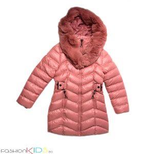 Детско дълго зимно яке за момиче в розово с ефектна голяма качулка тип шал