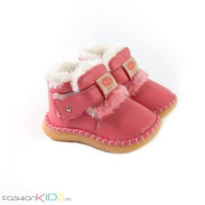 Бебешки зимни боти за момиче в розово с топъл каракул и коригираща велкро лепка