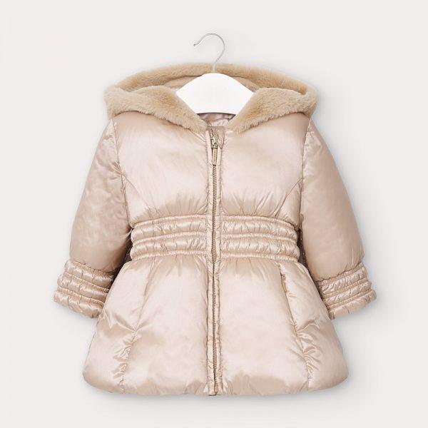 Бебешко зимно яке MAYORAL с лъскав ефект за момиче с голяма пухкава качулка