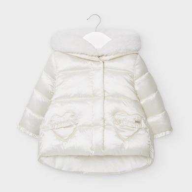Бебешко зимно яке MAYORAL за момиче в бяло с лъскав ефект и с джобчета- сърца