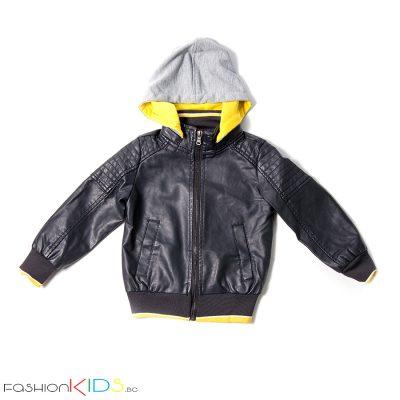Детско кожено яке с подвижна качулка за момче в черно