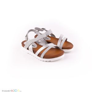 Елегантни детски сандали за момиче в сребристо с анатомично ходило