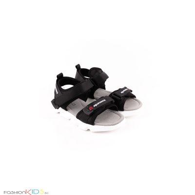 Детски сандали за момче в черно с анатомично ходило и коригиращи велкро лепки.