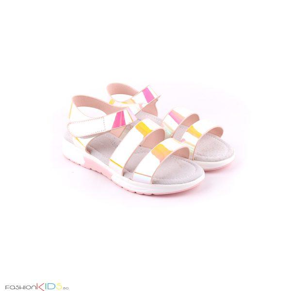 Спортно- елегантни детски сандали с анатомично ходило за момиче в бяло с огледален ефект
