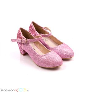 Детски официални обувки за момиче в розово с блестящ брокатен ток и коригираща каишка със същият ефект