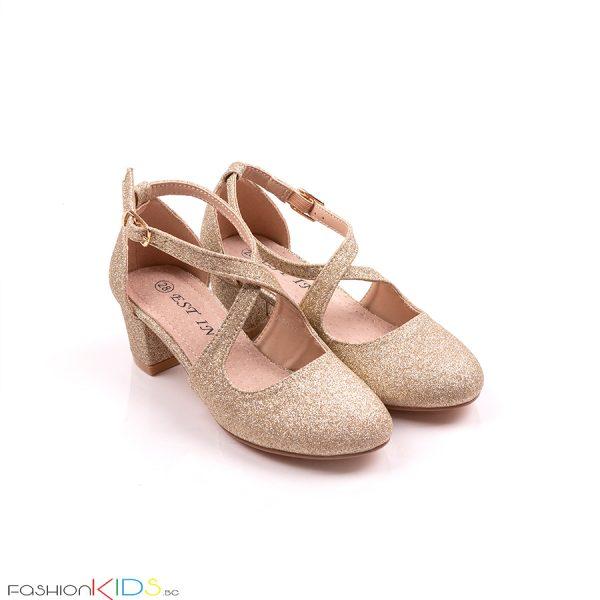 Детски официални обувки за момиче в златисто с блестящ брокатен ток иефектна коригираща преплетена каишка.
